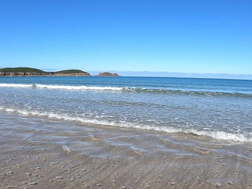 plage sans obstacles - terrain de jeux pour adeptes du longe-côte